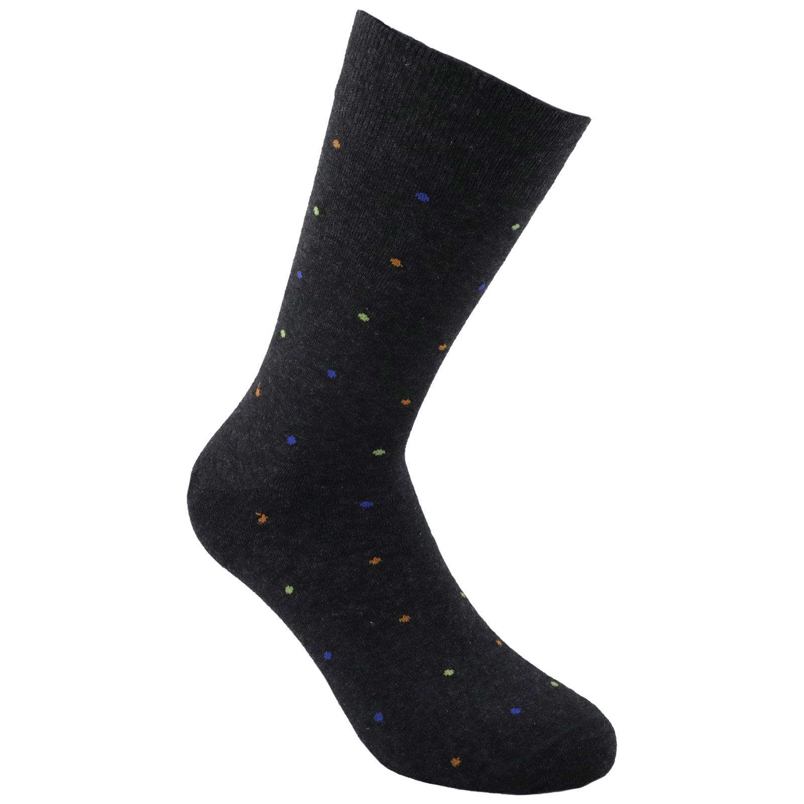 Low socks man polka dots columns