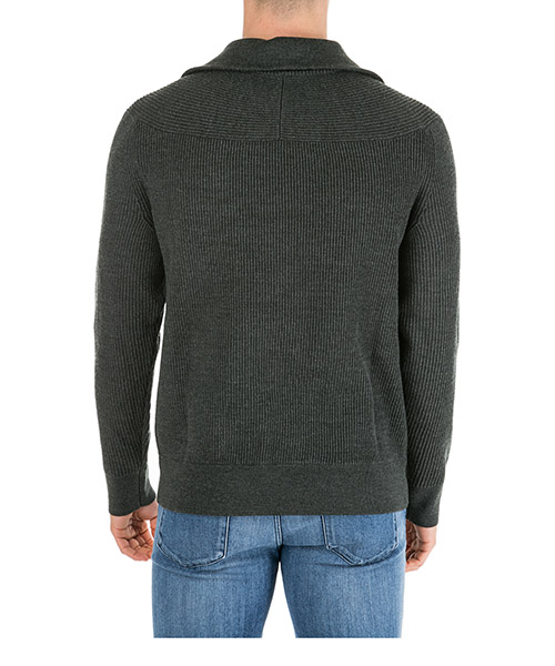 Pull homme avec zip secondary image