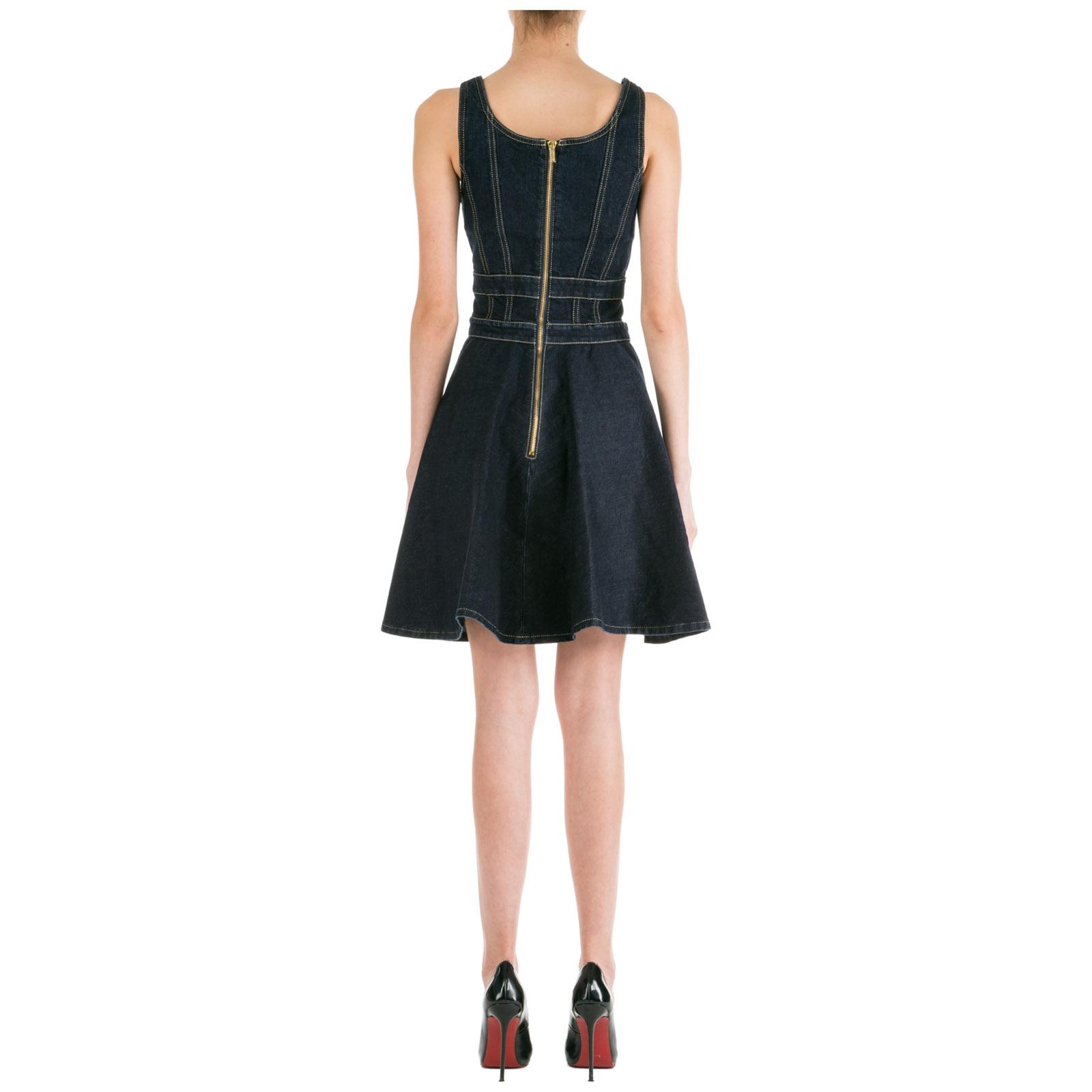Women's knee length dress sleeveless