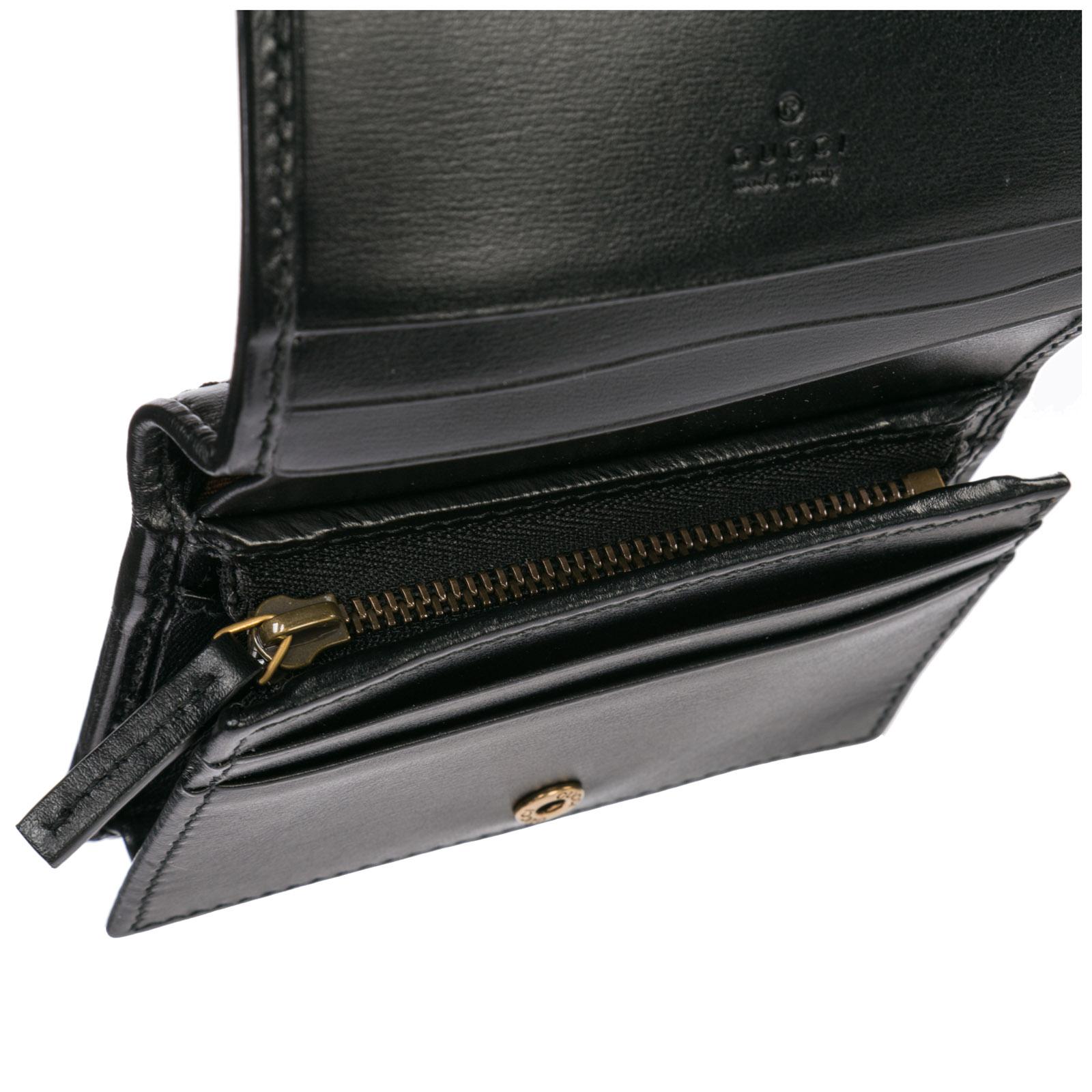 7132a0c2e2 Porta carte di credito Gucci Doppia G 536453 0YKBT 1060 nero ...