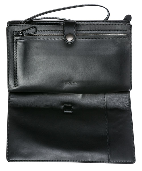 Men's leather travel document case holder secondary image