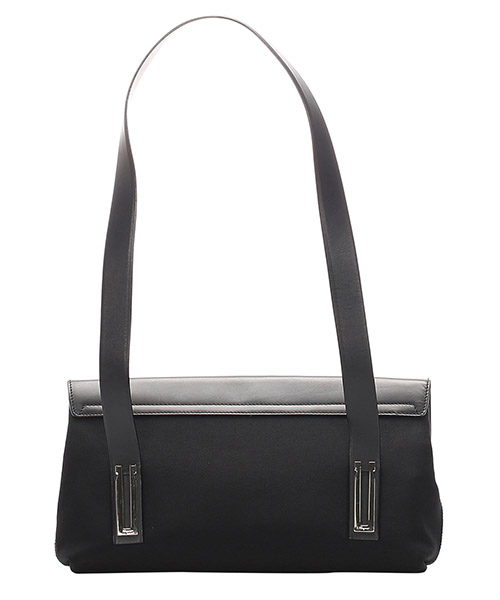 Women's shoulder bag secondary image
