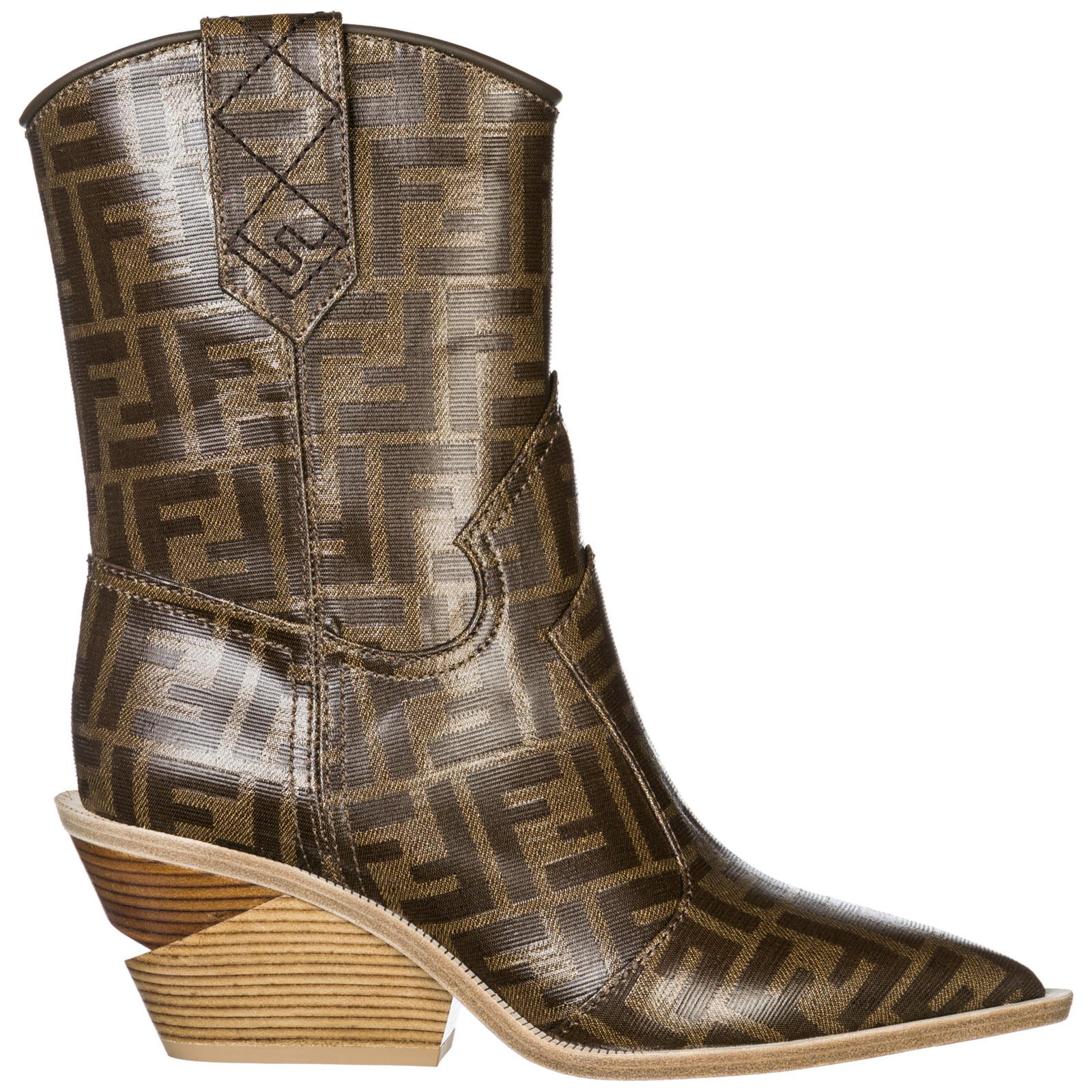 f23dd302be2f Heeled ankle boots Fendi 8T6785YLZF0CMY mogano panna
