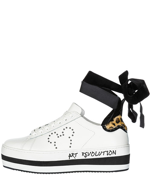 Chaussures baskets sneakers femme en cuir disney secondary image