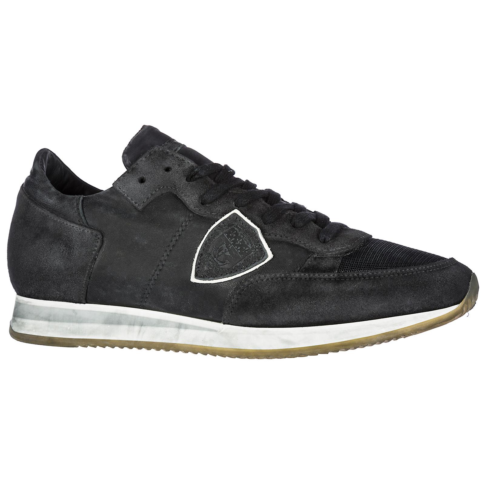 5e124e8e221 Chaussures baskets sneakers homme en daim tropez Chaussures baskets sneakers  homme en daim tropez ...