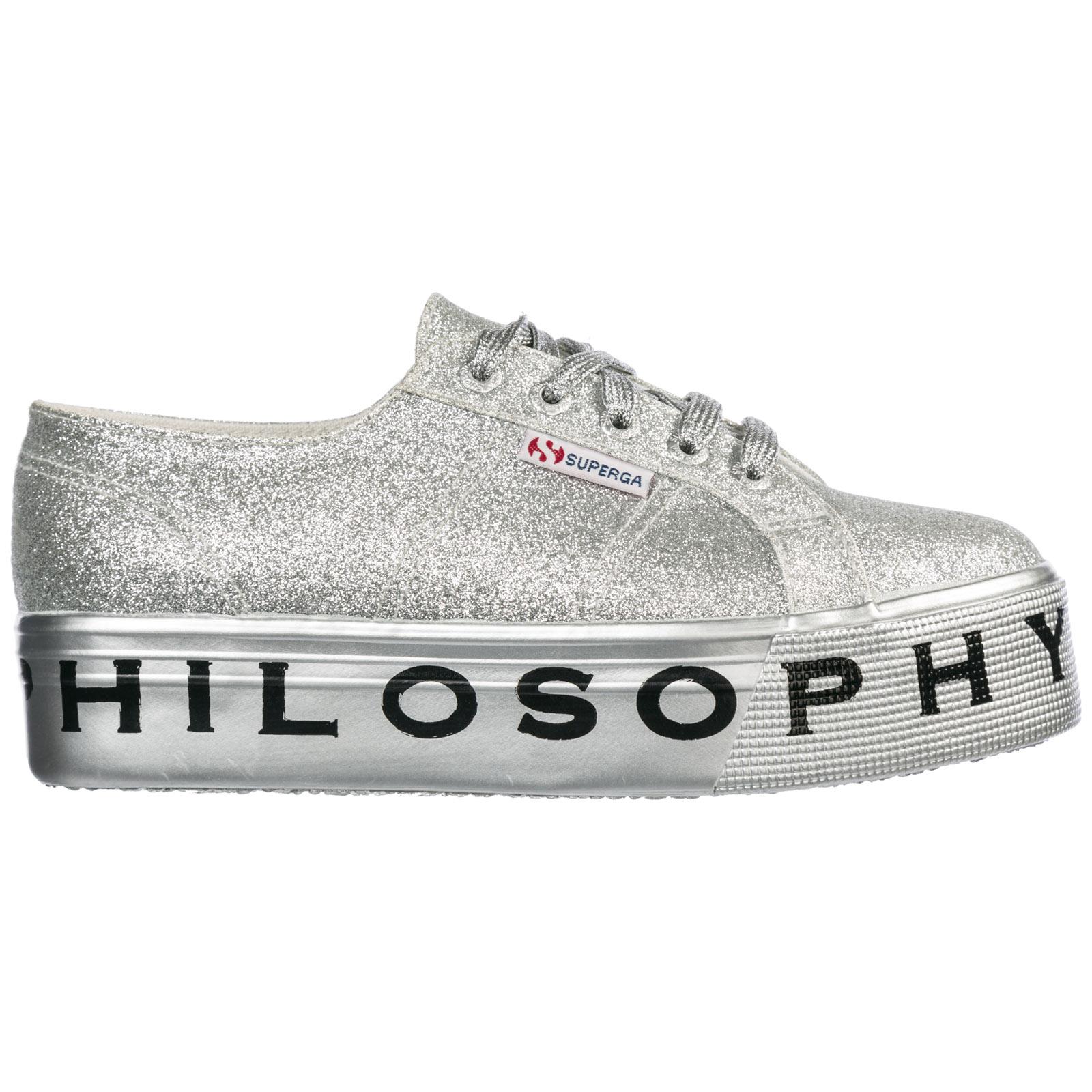 Sneakers Philosophy di Lorenzo Serafini