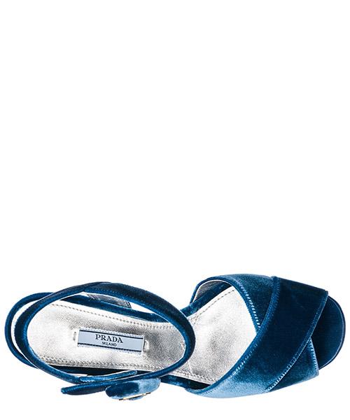 сандалии женские на каблуке secondary image