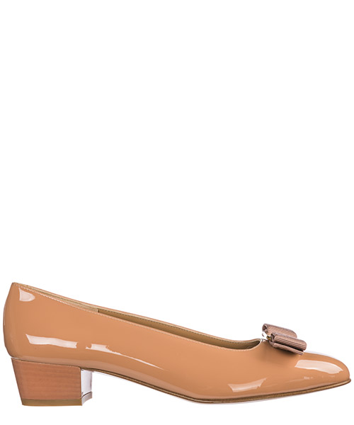 Pumps Salvatore Ferragamo Vara 017468 676968 nude