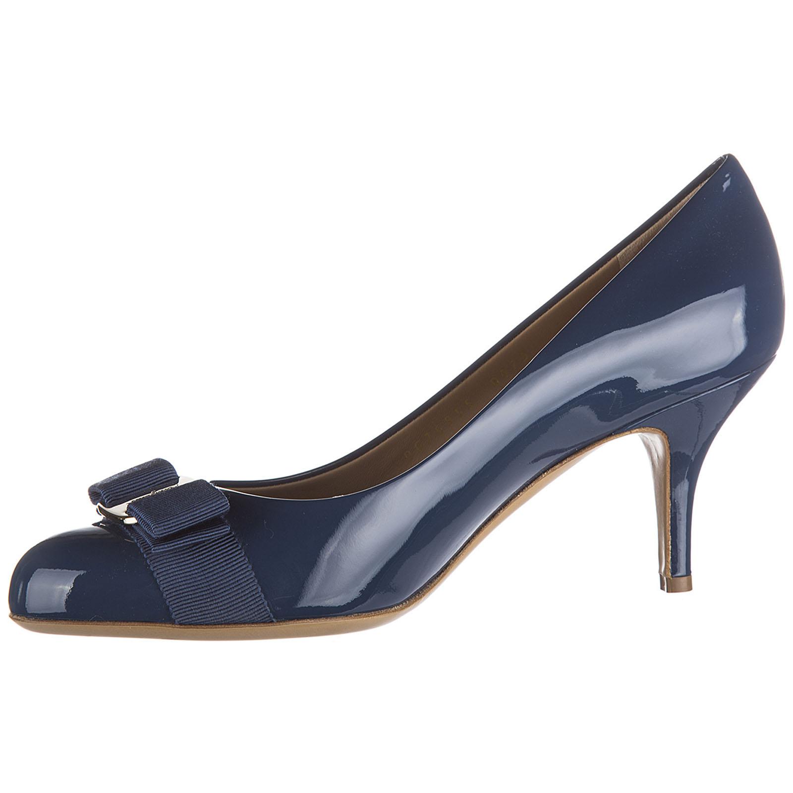 Zapatos de salón escotes mujer en piel carla