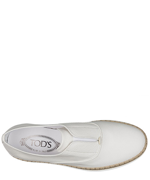 Slip on femme en cuir sneakers secondary image