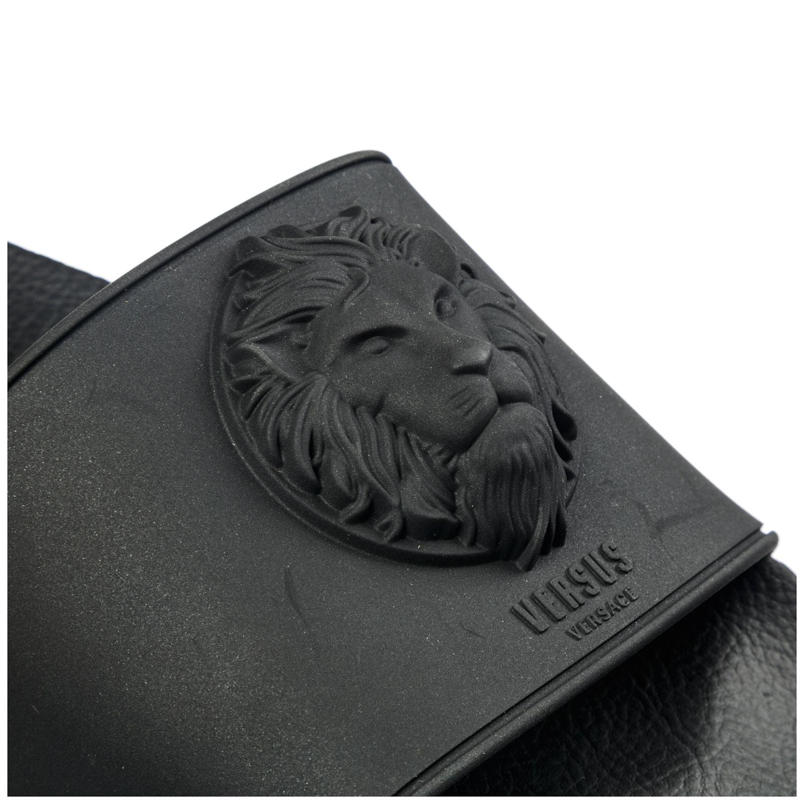 bbc72c45c02 Pantoufle Versus Versace Lion Head FSX065E-FGOMMA F489 black ...