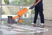 شركة طيور الجنه لتنظيف المنزل والشقق