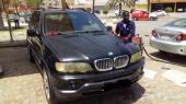 BMW X5  موديل 2001 بحالة جيدة