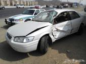 للبيع سياره كامري 2001 مصدومه