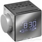 للبيع ساعة سوني بروجكتر مع راديو وشاحن