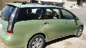 سيارة عائلية متسوبيشي 7 ركاب اقتصادية