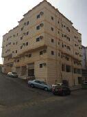 للايجار الكامل عمارتين خمس ادوار بحوش واحد تبعد عن الحرم 2 كليو الرصيفة