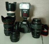 للبيع كاميرا كانون 6D مع مجموعة عدسات