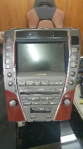 شاشة لكزس es350