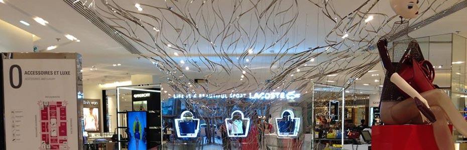 boutiques de vêtements Lacoste