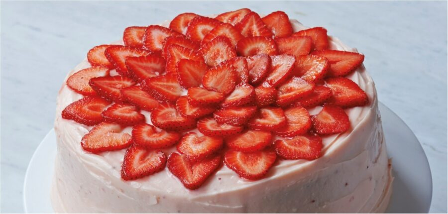 Strawberry Cake with Cream Cheese Icing