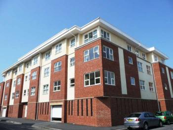 2 Bedrooms Flat for sale in Yorkshire Street, Blackpool, FY1 5BF