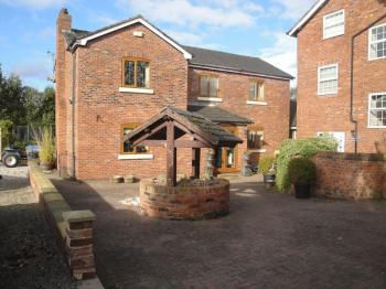 4 Bedrooms Property for sale in Turret Hall Cottage, Stone Pit Lane, Warrington