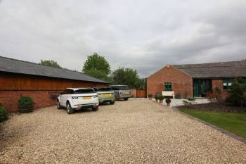 3 Bedrooms Detached Bungalow for sale in Ox Lane, Tarbock Green, Prescot, L35