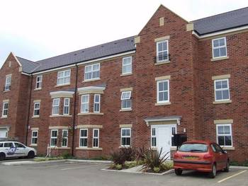 2 Bedrooms Flat for sale in Sidings Place, Lambton Lane, HOUGHTON LE SPRING, Tyne and Wear