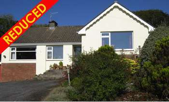 3 Bedrooms Detached Bungalow for sale in Stepaside, Narberth