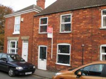3 Bedrooms Semi Detached House for sale in Queen Street, Spilsby, Lincolnshire