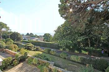 3 Bedrooms Flat for sale in Chaddesley Glen, Poole