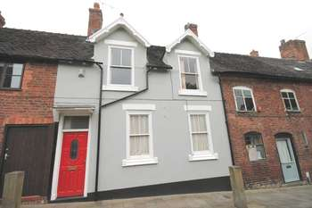 1 Bedroom Terraced House for sale in Church Street, Market Drayton