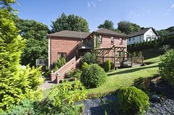 4 Bedrooms Detached Villa House for sale in Douglas Avenue, Renfrewshire, PA14 6PE