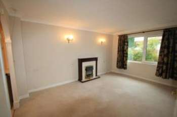 1 Bedroom Retirement Property for sale in Willow Court, Brookside Road, Cheadle, Greater Manchester