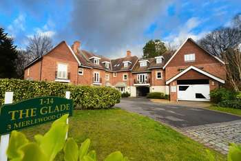 2 Bedrooms Flat for sale in Stunning Two Bedroom Executive Apartment in Meyrick Park