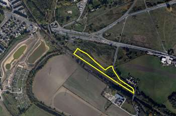 Land Commercial for sale in Oakenshaw Lane, Wakefield