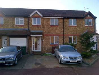 3 Bedrooms House for sale in Oakley Road, Grays, Essex, RM20 4AN