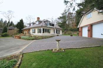 6 Bedrooms Property for sale in Heath Rise, Whitmore Heath