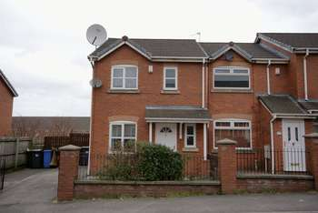 3 Bedrooms House for sale in Carriage Drive, Manchester