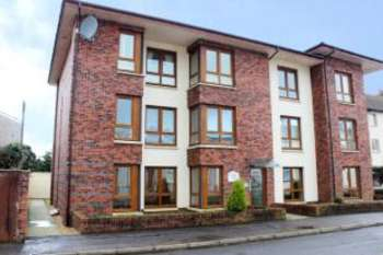 2 Bedrooms Flat for sale in Wilson Street, Largs