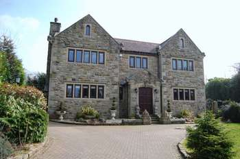 6 Bedrooms Detached House for sale in Radcliffe Road, Bolton