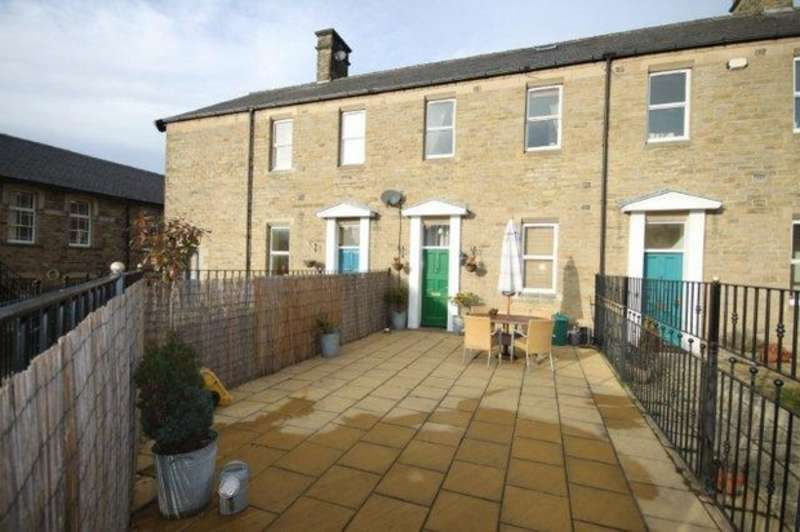 4 Bedrooms Terraced House for sale in St Margarets Garth, DURHAM CITY