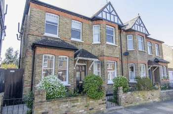 4 Bedrooms Semi Detached House for sale in Kingsley Avenue, London, W13