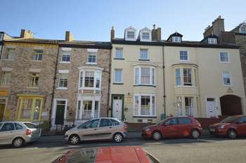 6 Bedrooms House for sale in John Street, Whitby