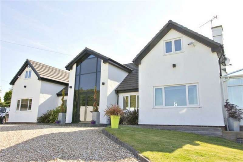 5 Bedrooms Detached House for sale in Aston Lane, Sutton Weaver, Runcorn, Cheshire