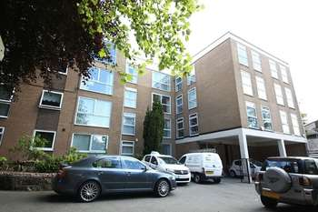 3 Bedrooms Flat for sale in Aigburth Road, Aigburth, Liverpool, L17