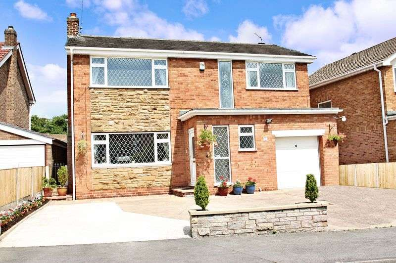 5 Bedrooms Detached House for sale in Carleton Green Close, Pontefract