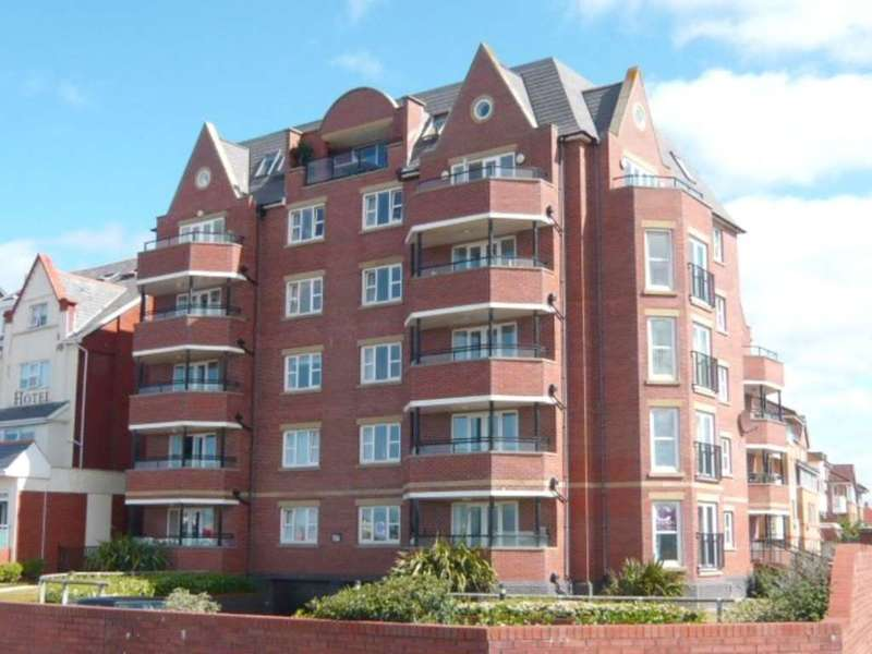 2 Bedrooms Apartment Flat for sale in Windward House, South Promenade, St Annes, FY8 1LZ