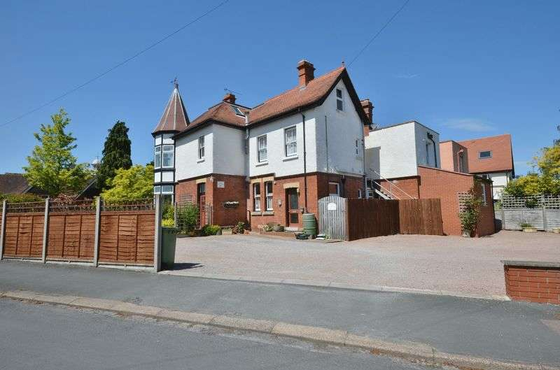8 Bedrooms Semi Detached House for sale in Ross-On-Wye